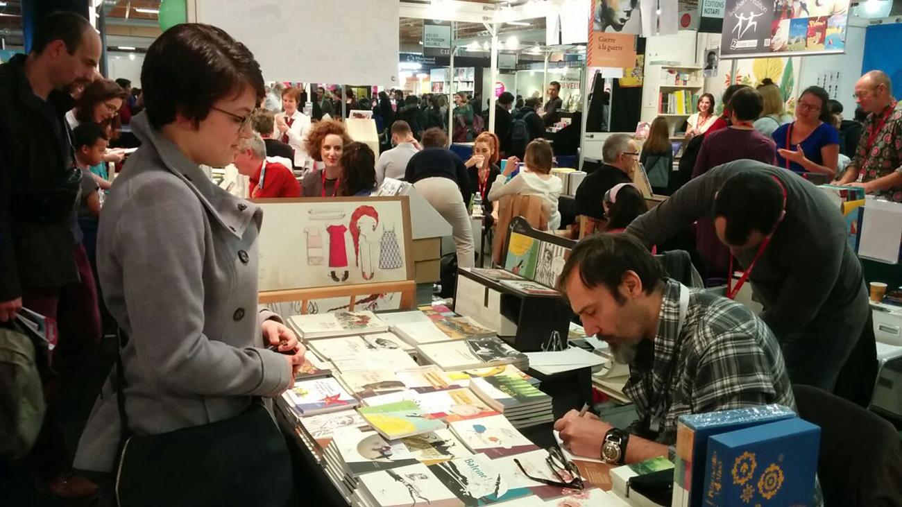book signing al Salone di Seine-Saint-Denis, Montreuil (Parigi)